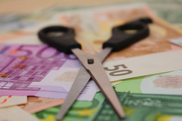 Pace fiscale: stralcio dei debiti fino a 1.000 euro e delle liti fiscali